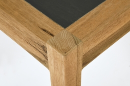 Henry Jacques Le Même's table, detailed view of corner