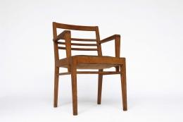 René Gabriel bridge single armchair diagonal view
