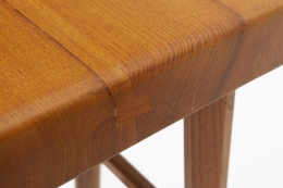 """Pierre Chapo's set of three """"S01C"""" stools, detailed view of top of seat"""