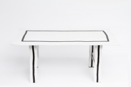 """Howard Meister's """"Red-Free"""" table, straight view from above"""