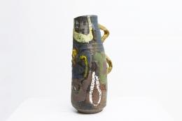 Roger Herman's ceramic vase side view