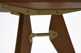 Jean Prouvé's pedestal table, detailed view legs underneath table