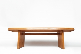 """Pierre Chapo's """"T20A"""" dining table straight view from under"""