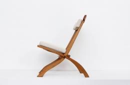 Robert Mallet-Stevens' foldable chair, full side view
