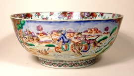 Unusual Famille Rose Chinese Export Porcelain Hunt Bowl