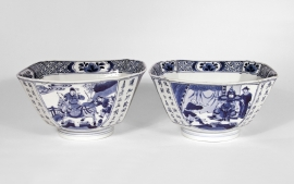 Pair of Chinese Blue and White Porcelain Octagonal Bowls