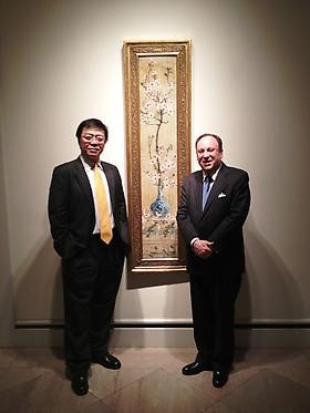 Berry-Hill Galleries welcomes distinguished guests from the Bureau for External Cultural Relations, Ministry of Culture, P.R. China