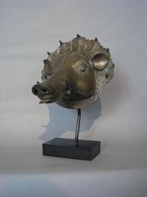Panjurli- Bhuta Mask Southern India, Karnataka, Tulu Naidu Region c. 18th century Copper alloy Height: 7.5 in.