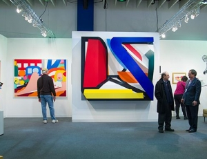 Armory Show Modern Draws Crowds With Major Newcomers and Unexpected Finds