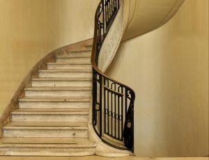 """Michael Eastman's """"Buenos Aires"""" in """"5 to See"""""""