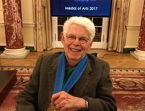 Wolf Kahn receives 2017 Medal of Arts