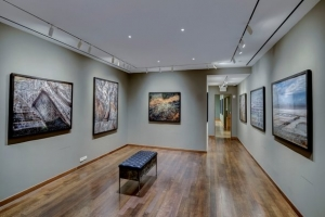 Travel Mag Names Howard Greenberg Gallery on Best Galleries on the UES List