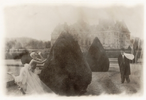 Vogue: Celebrating tThe Haunted Beauty Of Deborah Turbeville And Comme Des Garçons
