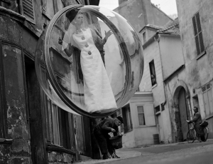 Melvin Sokolsky's Iconic Fashion Bubbles On Americanphotomag.com
