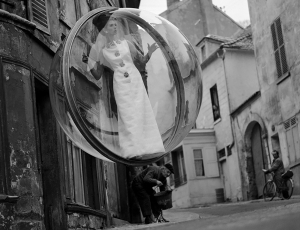 Melvin Sokolsky: The Paris Pictures Vart.cc