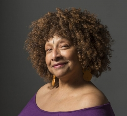 Joyce J.Scott, the Keynote Speaker for the 107th CAA Annual Conference