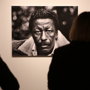 Gordon Parks: The Artist and Humanitarian GORDON PARKS: THE ARTIST AND HUMANITARIAN