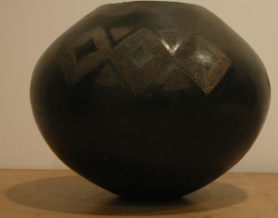 Recent Works and Zulu Vessels from the early 20th Century
