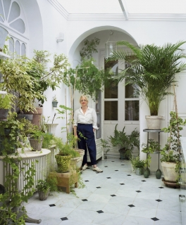 Carmen Almon, the Naturalist
