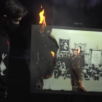 ARTNET | A Group of Financial Traders Torched a $95,000 Banksy on Camera to Transform It Into a (Maybe) More Valuable NFT Artwork