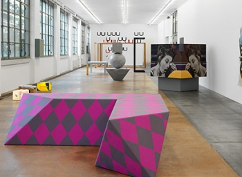 On View : Philippe Decrauzat at MAMCO