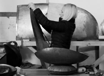 Niamh Barry: Light on Earth