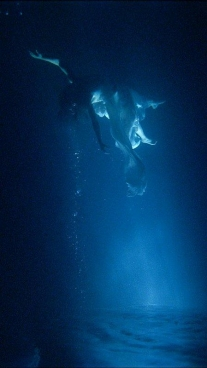 BILL VIOLA Isolde's Ascension (The Shape of Light in the Space After Death),2005