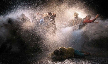 BILL VIOLA Tempest (Study for The Raft),2005