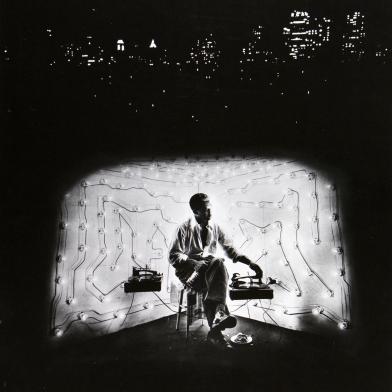 Gordon Parks Featured in Mas de Art