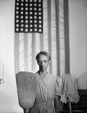 Gordon Parks' exhibition reviewed by The Wall Street Journal