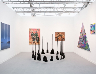 Night Gallery at Frieze London featured in ArtNews