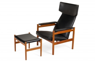 Fritz Hansen Teak Wing Chair and Ottoman by Soren Hansen