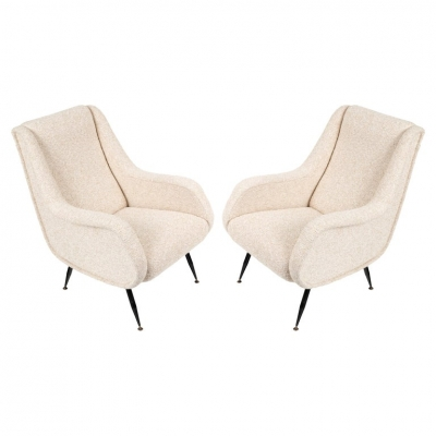 Pair of Mid-Century Modern Italian Lounge Chairs in White Fabric