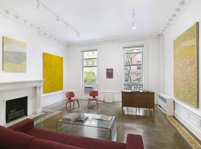 Jennifer Guidi: Pink Sand - Harper's Apartment (installation view)