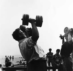 Muscle Beach: Larry Silver Photographs of Santa Monica Fun Days