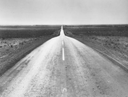 Dorothea Lange - The Road West, New Mexico, 1938 | Bruce Silverstein Gallery