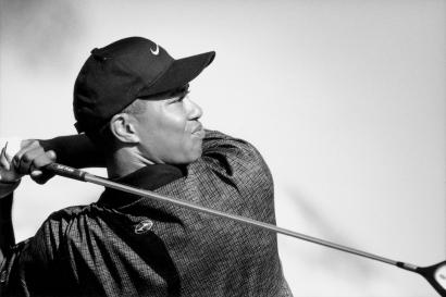 Walter Iooss, Jr. - Tiger Woods, Carlsbad, CA, 2000 | Bruce Silverstein Gallery