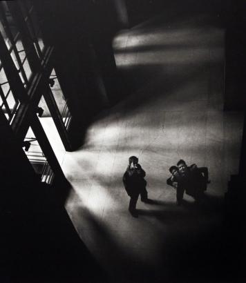 Larry Silver - Penn Station, 1951 | Bruce Silverstein Gallery