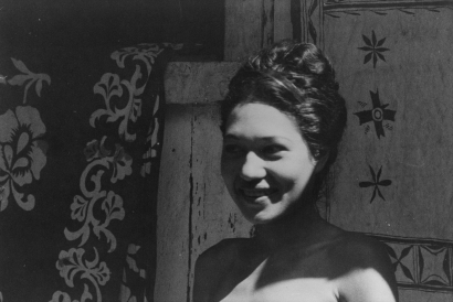 Walker Evans - Portrait of a Woman, Tahiti, 1932 | Bruce Silverstein Gallery