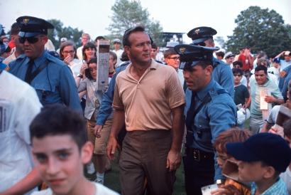 Walter Iooss, Jr. - Arnold Palmer, Springfield, NJ, 1967  | Bruce Silverstein Gallery