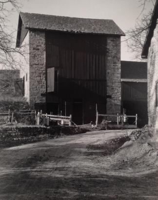 Charles Sheeler - Bucks County Barn, 1915 | Bruce Silverstein Gallery
