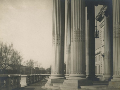E. O. Hoppé - Columns, Washington D.C., 1926 Gelatin silver print, printed c. 1926 | Bruce Silverstein Gallery