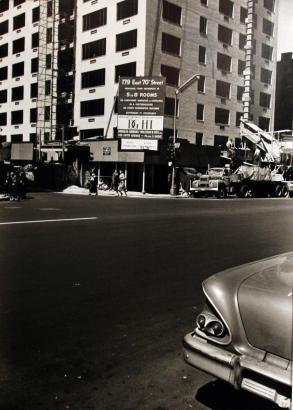Walker Evans - Third Avenue, New York City, 1962 | Bruce Silverstein Gallery