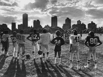 Football game by Len Speier