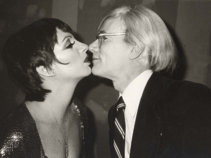 Christopher Makos, Liza Kissing Andy