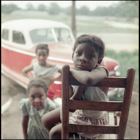 """Discover the staying power of Gordon Parks's segregation photography"""