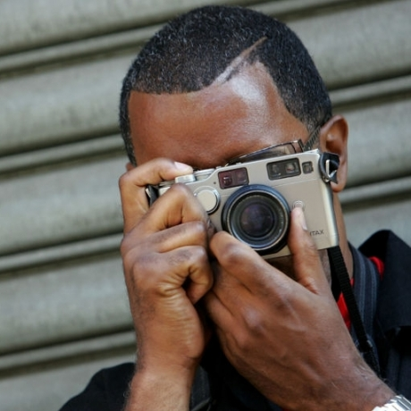 PHOTOGRAPHER JAMEL SHABAZZ TALKS HONOR AND DIGNITY