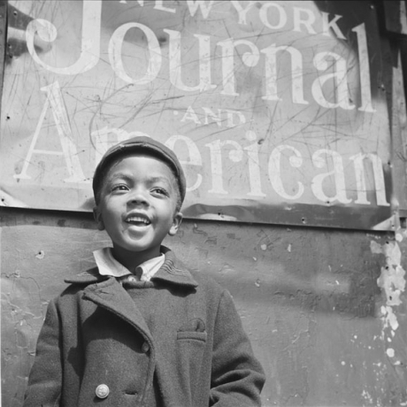 Pictures from a pioneer: Exhibit shows work of photojournalist Gordon Parks