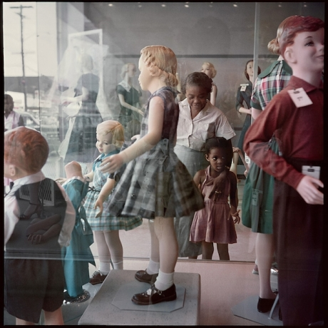 'Gordon Parks' 'A Segregation Story' Travels Back in Time to 1950s America""