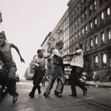 """True Colors: Dawoud Bey on Gordon Parks's """"Harlem Gang Leader"""""""